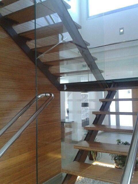Escalera bambú