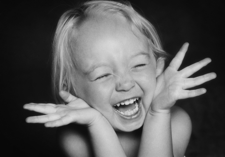 Фото смеющихся людей профессиональные