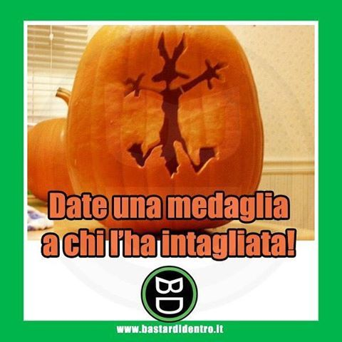 Finalmente una #zucca originale! #halloween #bastardidentro #tagga i tuoi amici e #condividi le risate! www.bastardidentro.it