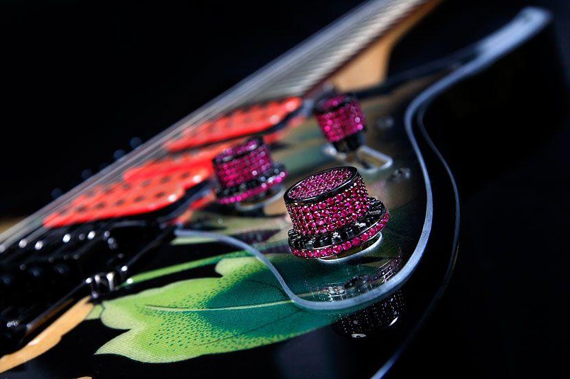 rock royalty custom ibanez jem77fp steve vai signature guitar with anniversary floral pattern. Black Bedroom Furniture Sets. Home Design Ideas