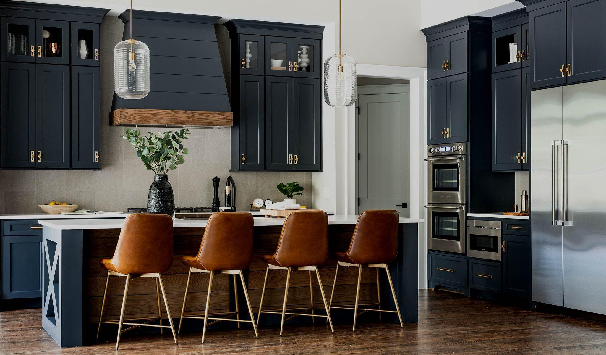 K Series White Kitchen Cabinets Stockcabinetexpress In 2020 White Kitchen Cabinets Used Kitchen Cabinets Kitchen Cabinets