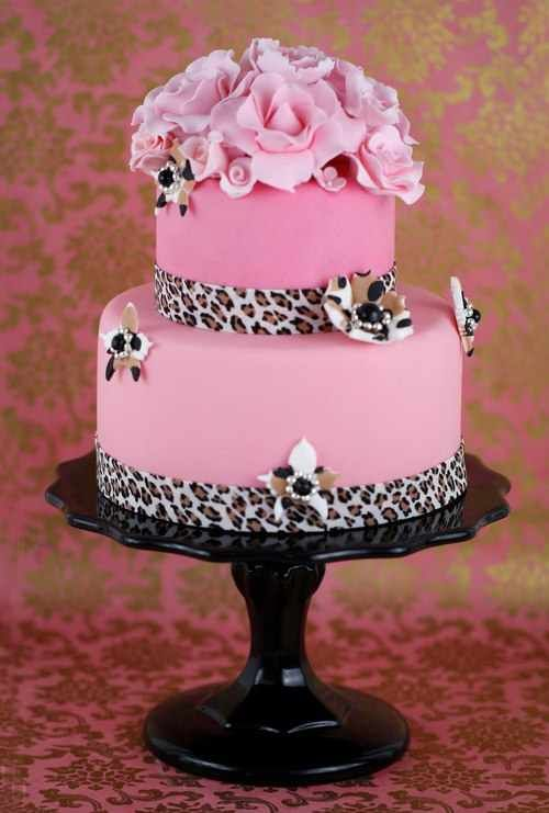 Cheetah & Pink Fondant Cake. Looking at doing red instead of pink.. and Black feathers on the top instead of flowers