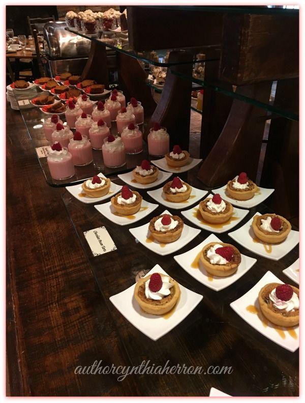 Dobyns Dining Room | Dining Room Design Ideas