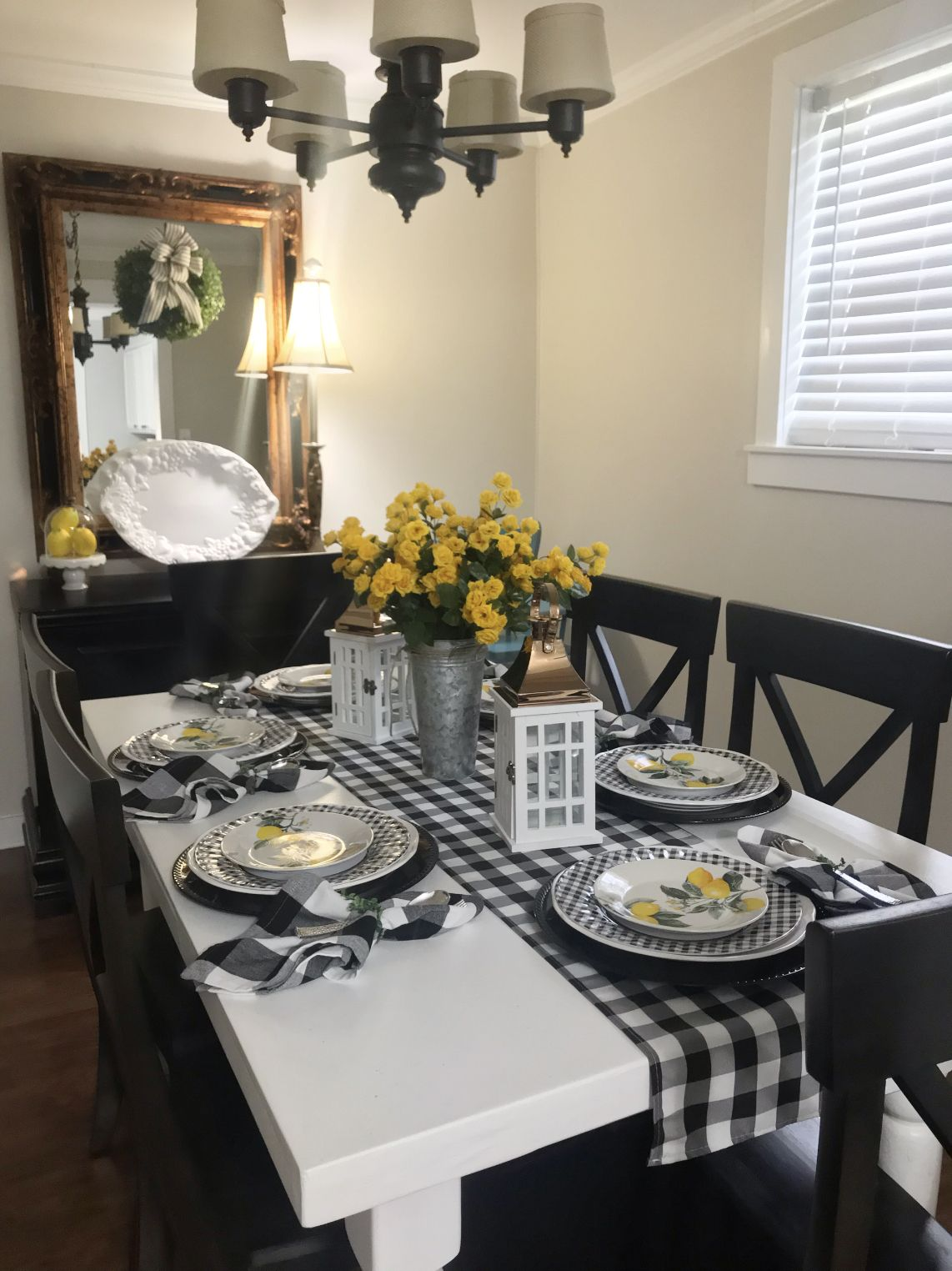 Lemons With Black And White Check Kitchen Table Decor White Kitchen Decor Dinning Table Decor