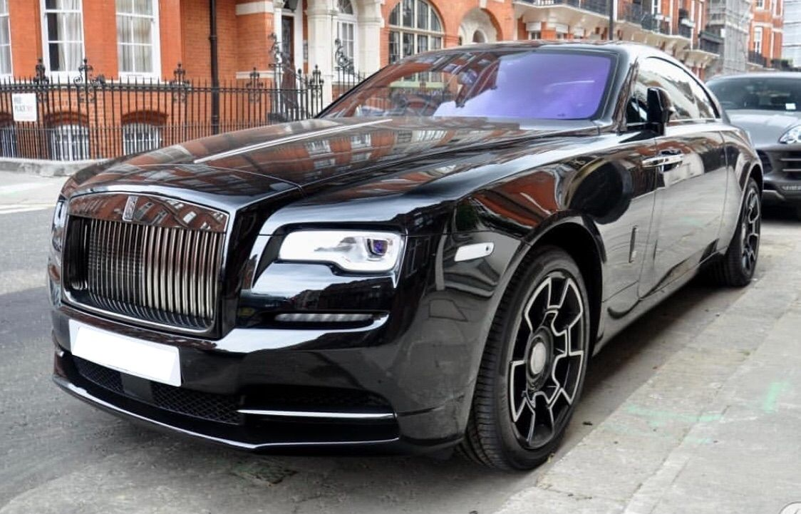 Photo of Rolls-Royce Wraith Blackbadge