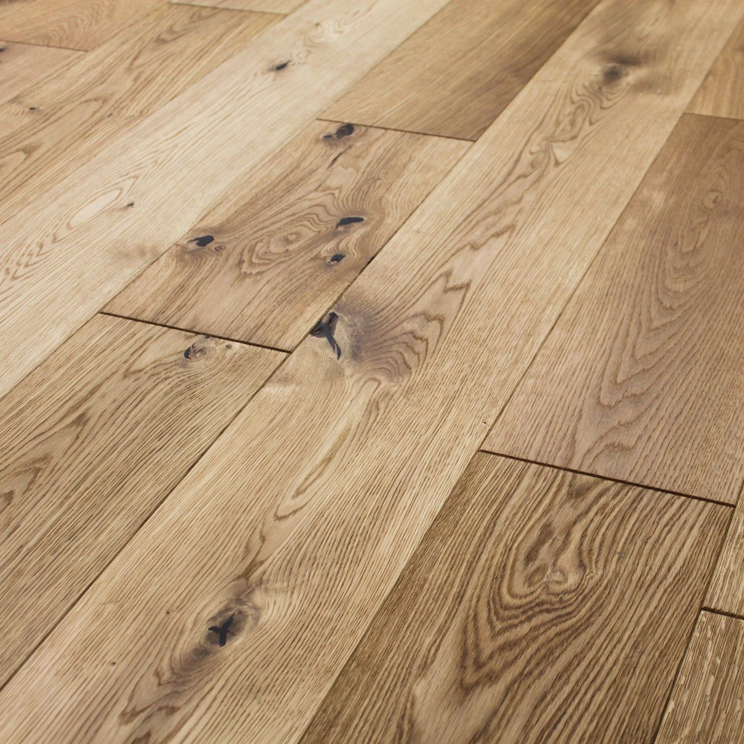 Rustic cottage oak brushed lacquered engineered wood for Engineered oak flooring