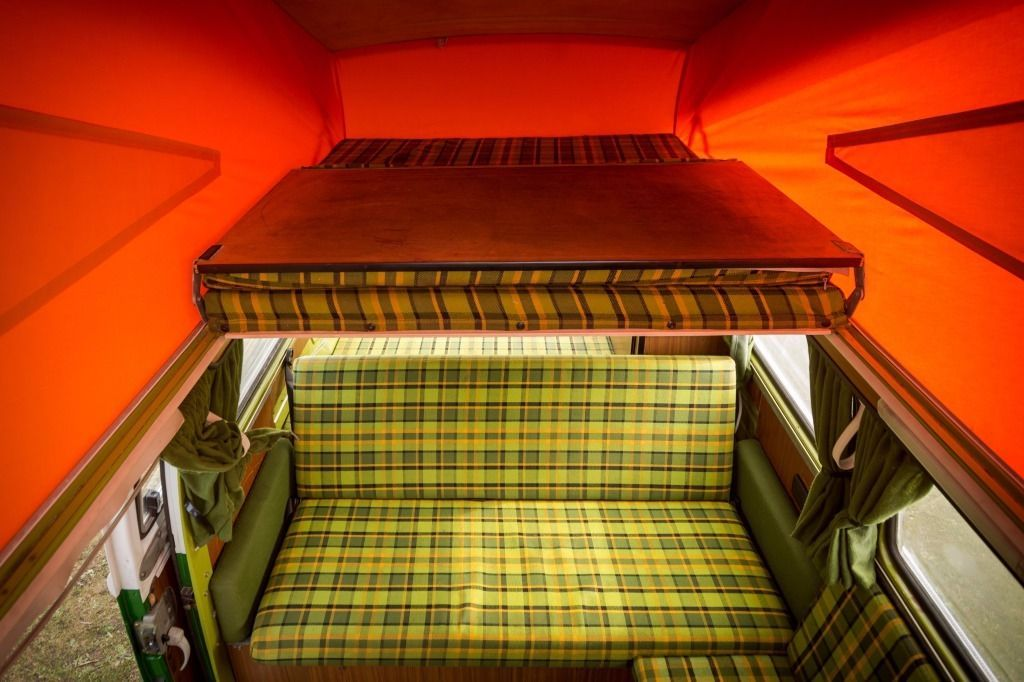 Vw type 2 bay campervan 1979 with original westfalia for Interior westfalia