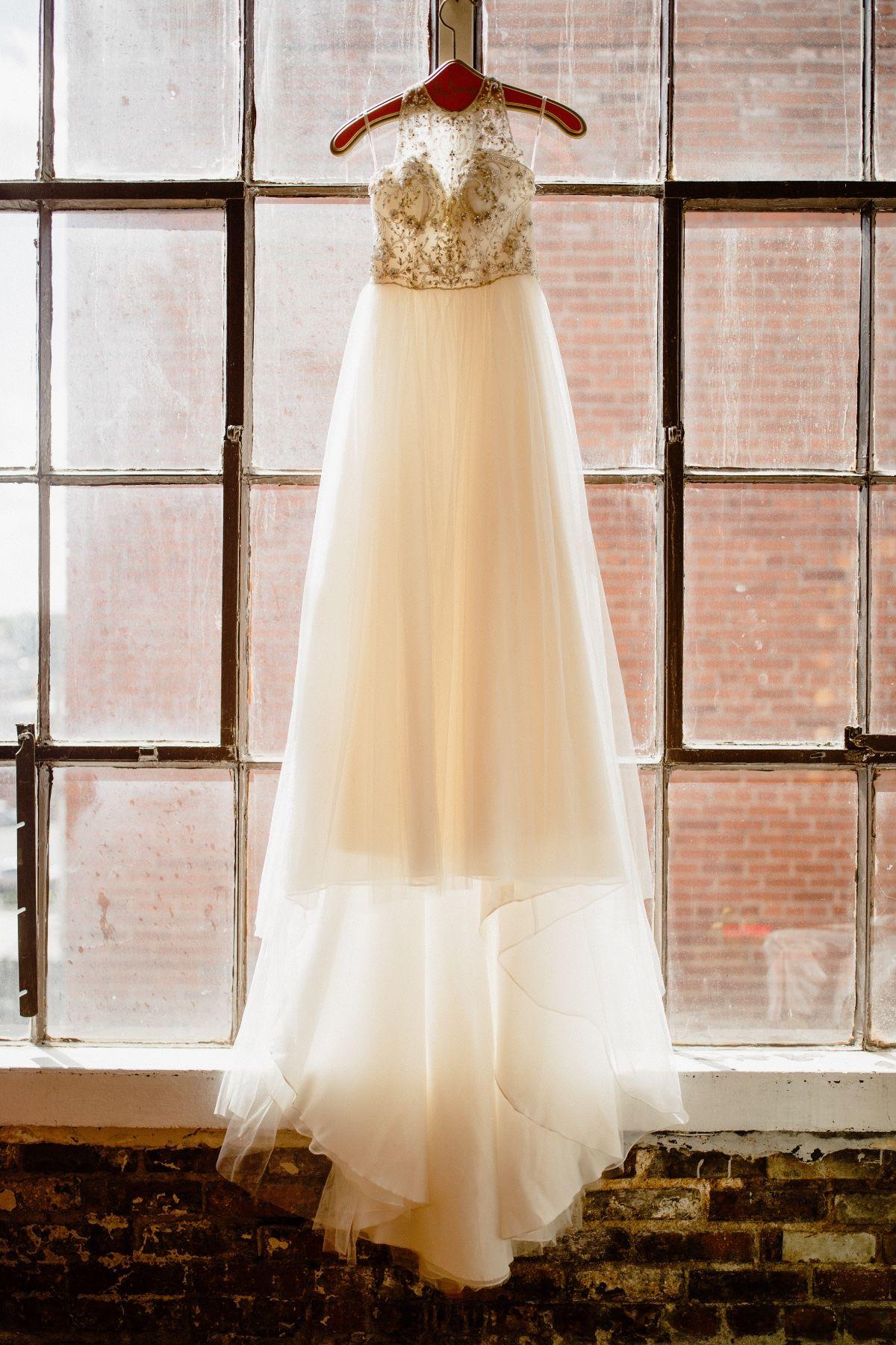 Charming Lavender And Gold Diy Wedding In 2019 Wedding Diy
