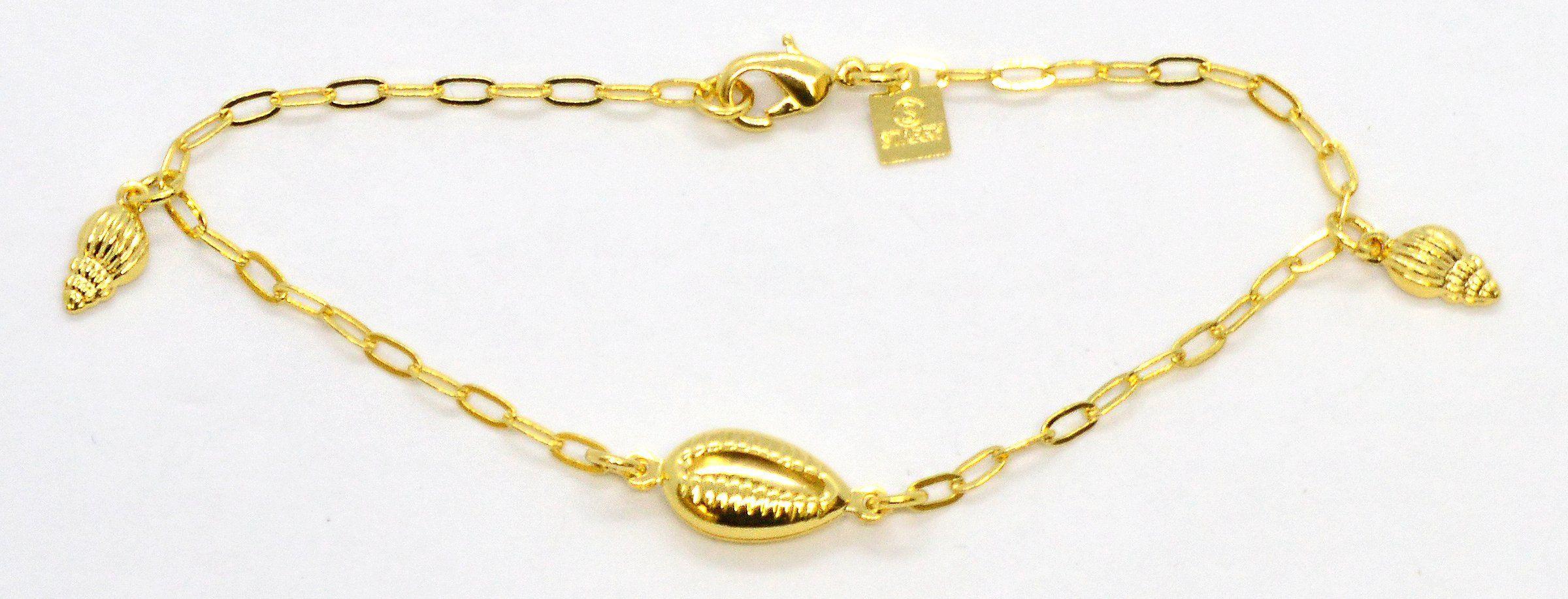 (1-0927-k6) Brazilian Gold Overlay Shell Charms Bracelet, 7