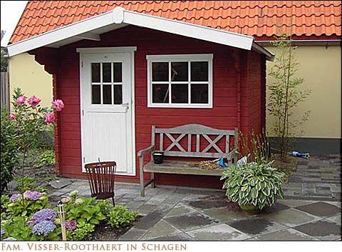 Gartenhaus in Schwedis Rot mit Schwedenfarbe Moose F