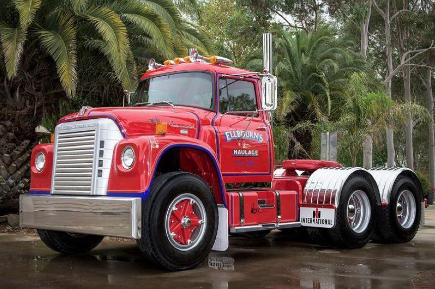 1965 International Loadstar F-1600 | semi trucks | International