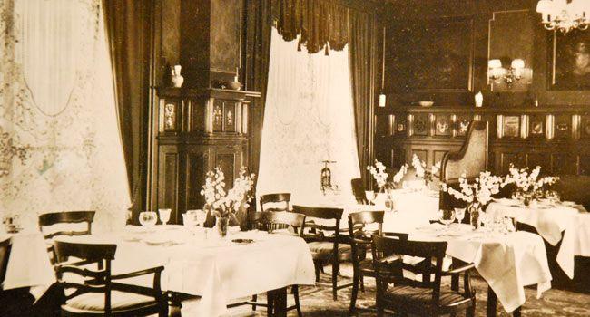 Restaurant Horcher In Der Martin Luther Strasse Um 1928 Great Restaurants Historical Photos Historical