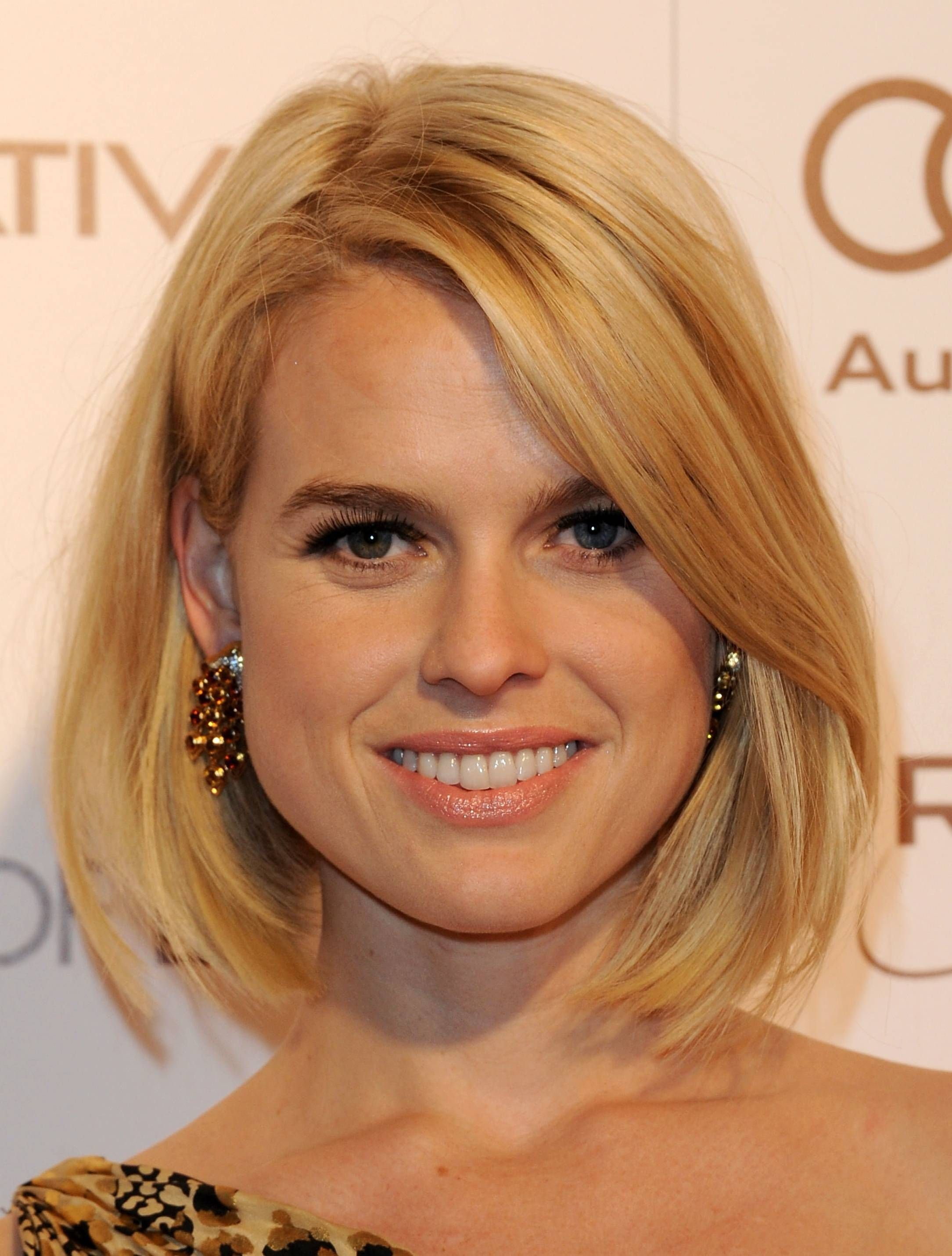 Hairstyle According To My Face The Hottest Bob Haircuts Of The Moment Bobs Thick Hair And Bob