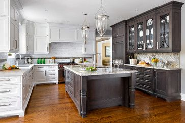 Get Creative With Two Tone Kitchen Cabinets Traditional Kitchen Design Two Tone Kitchen Cabinets Kitchen Design