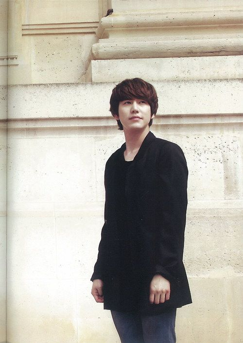 Happy birthday to this beautiful young man, Cho Kyu Hyun. <3 생 일 축 하 규 입 니 다. 우 리 는 당 신 을 사 랑 합 니 다. ~ ^^ 2.3.14