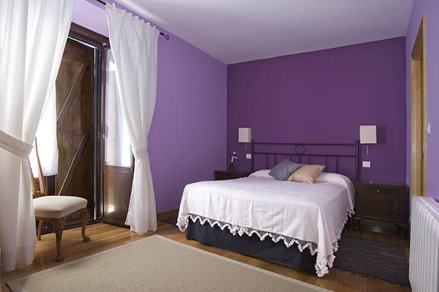 Habitacion matrimonio color morado como pintar mi casa for Como pintar una habitacion