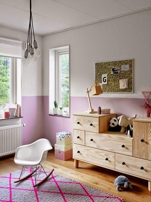 habitación de niña con paredes rosa y blanca. paredes bicolor