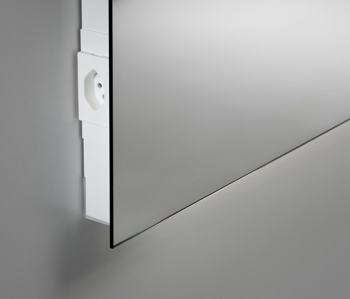 Spiegel Cover Mit Steckdose Von Talsee Wandspiegel Bad Spiegel Beleuchtung Spiegelwand Diy Badezimmerspiegel