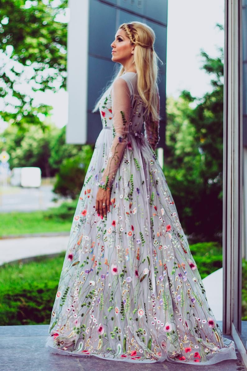 Flower wedding dress in gray, Color wedding dress with