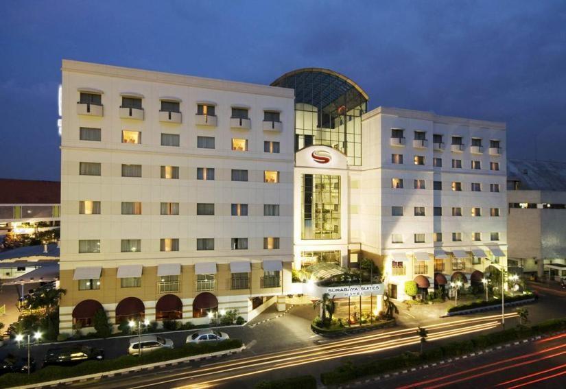 Surabaya Suites Hotel Surabaya Suites Hotelplaza Boulevard I Jl