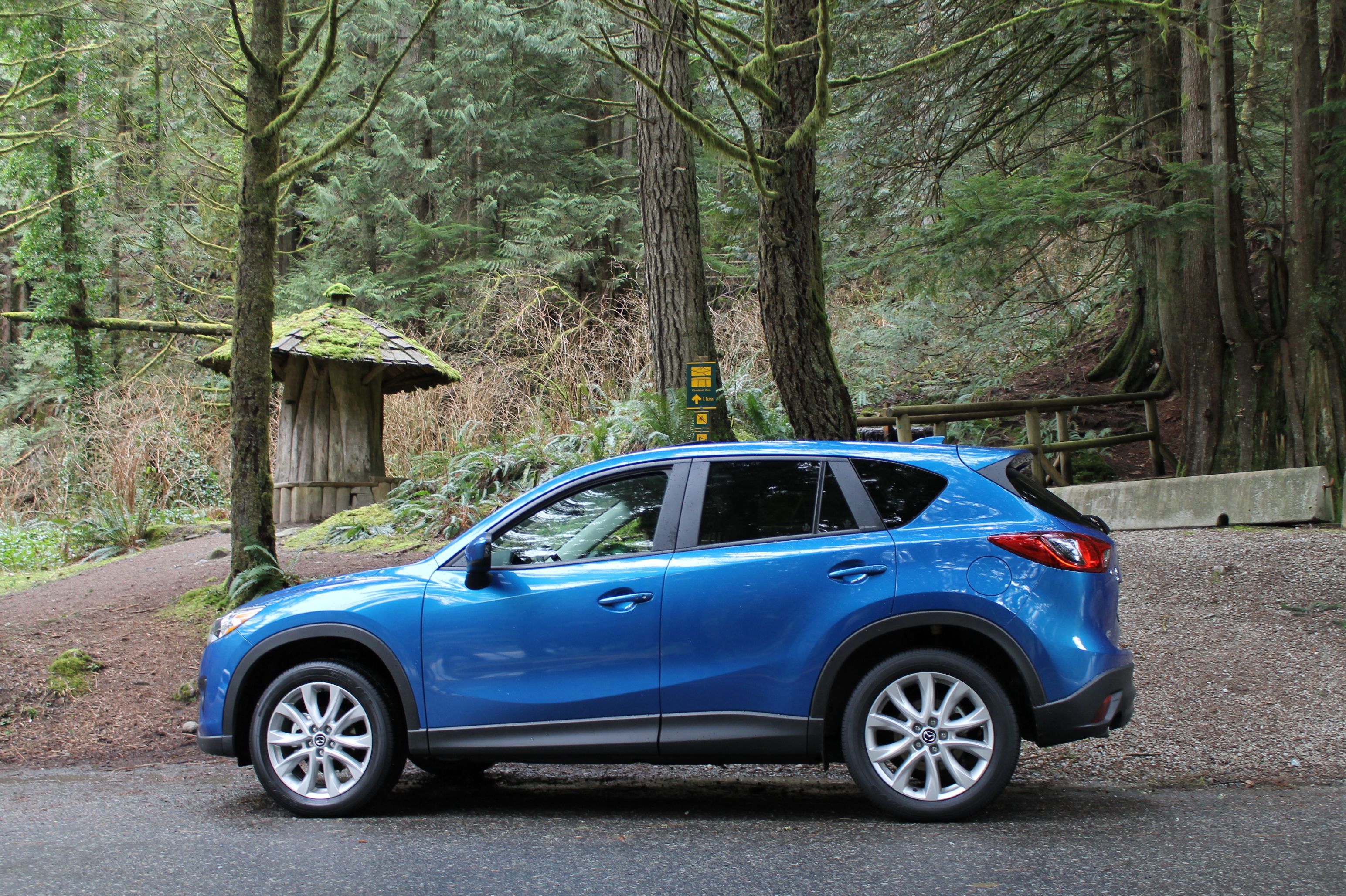 Review 2013 Mazda Cx 5 Grand Touring Off The Beaten Racetrack Mazda Touring Sporty Suv