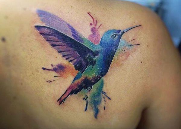 23 Wunderbare Kolibri Tattoos Sie Stehen Fur Freude Kolibri