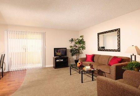 480 820 9620 1 3 Bedroom 1 2 Bath Chandler Meadows Furnished Apartments 3175 N Price Road Chandler A Furnished Apartment Apartments For Rent Furnishings