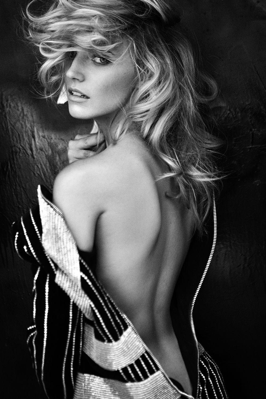 #FemmeFatale #FemmeFataleStyle #fashion #fashionista #fashionable #fashionstyle #style #styles #ootd #streetstyle #streetwear #streetfashion #fashioninspo #styleinspiration #inspo #trend #trendy #trends #trending #trendalert #photooftheday #styleoftheday #stylegram #BonheurJewelry #Siren #Seductress #Temptress #Vamp #Enchantress #Flirt #Beauty