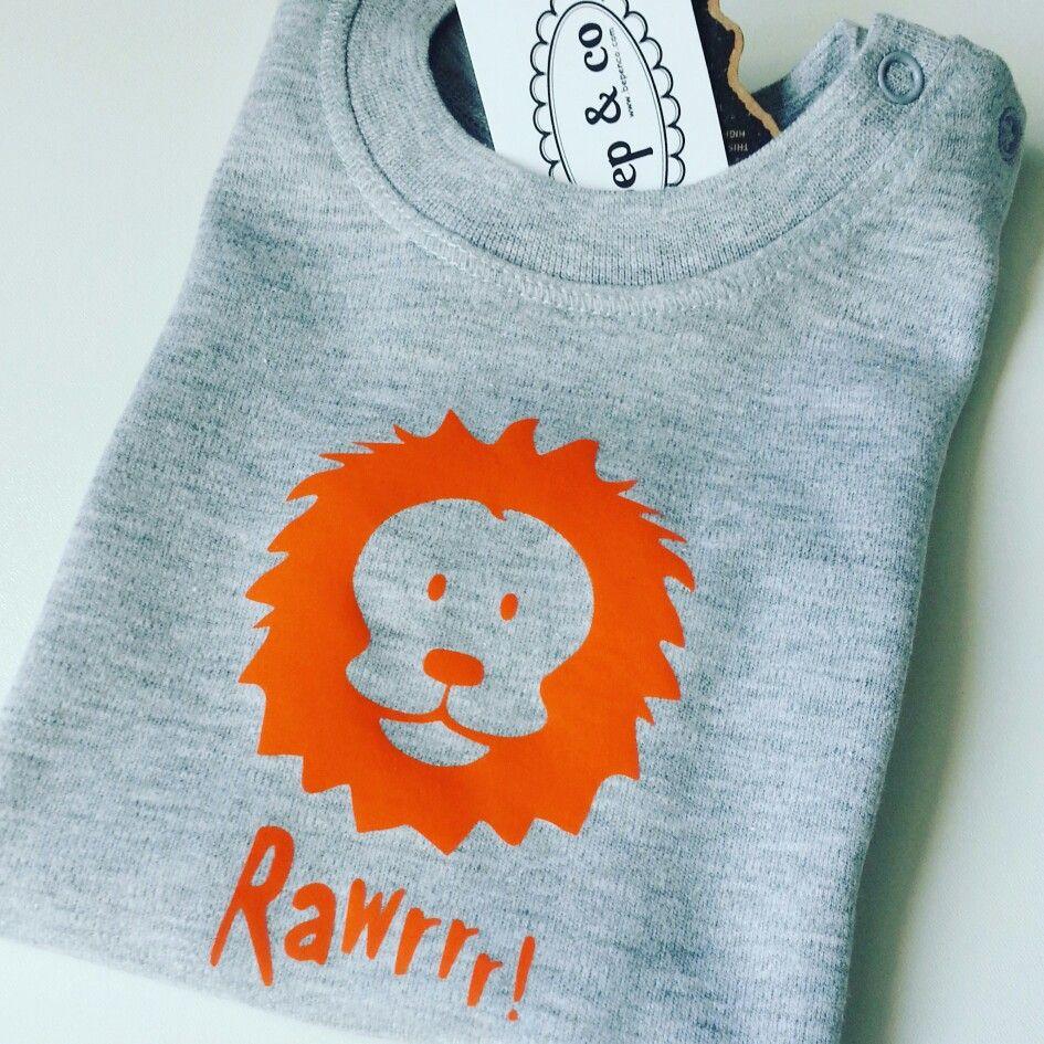 Babyshirt Rwarr #fairtrade #sustainble #duurzaam #slowfashion #eigenontwerp van www.bepenco.com