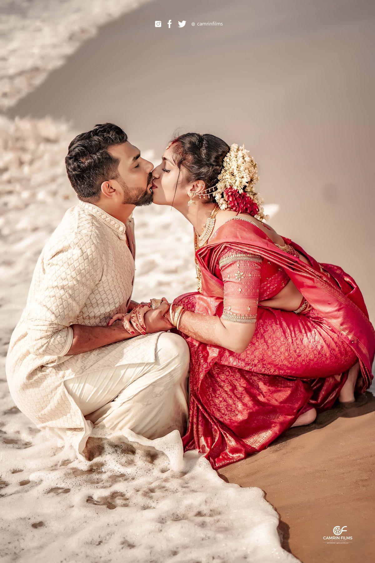 Akhil Mruthula Photos Videos Of Hindu Wedding Camrin Films In 2020 Indian Wedding Photography Couples Wedding Couple Poses Romantic Couples Photography