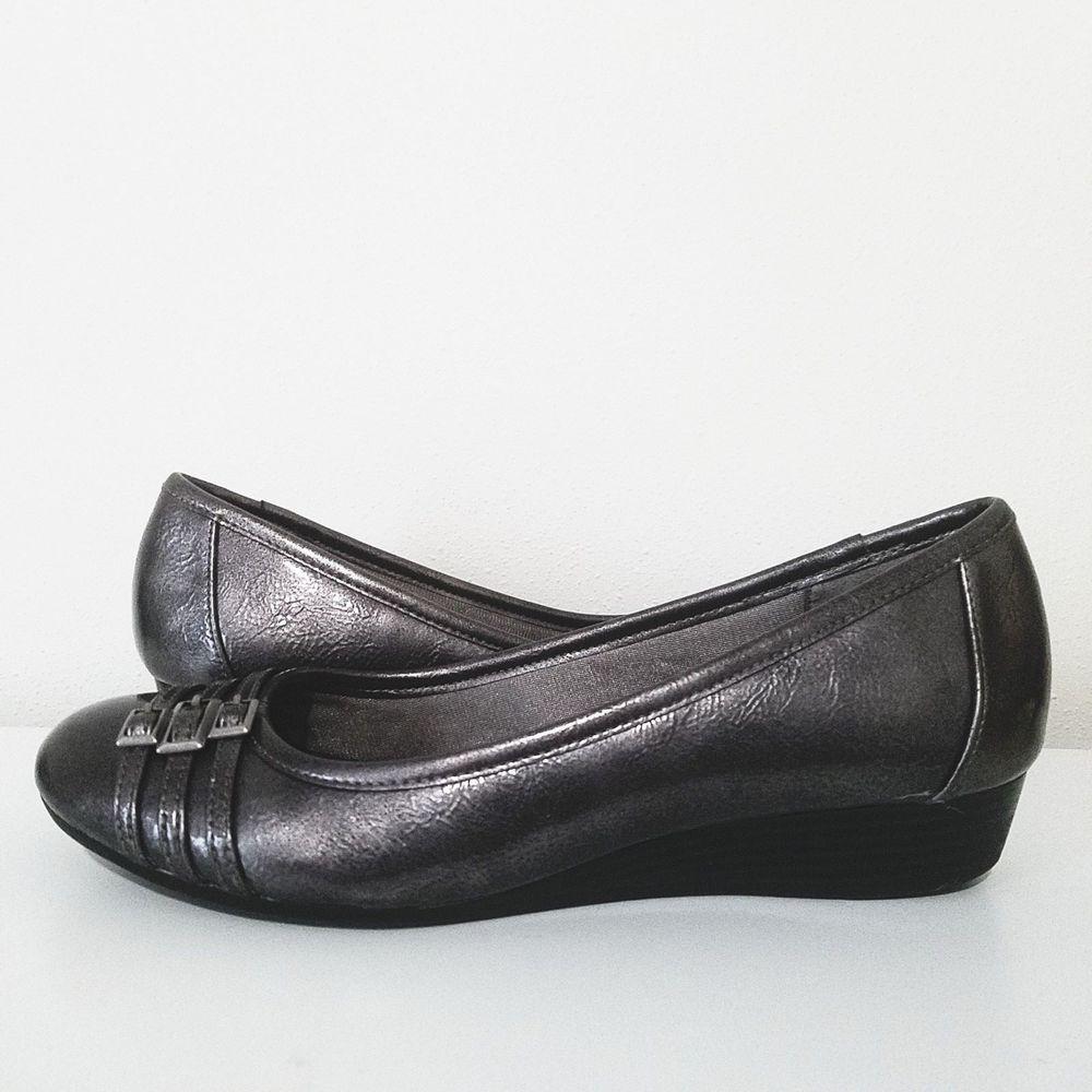c6d2f7cc6194 Life Stride FARROW Soft System Women Classic Mini Wedge Shoes Flats Gray Sz  8M  LifeStride