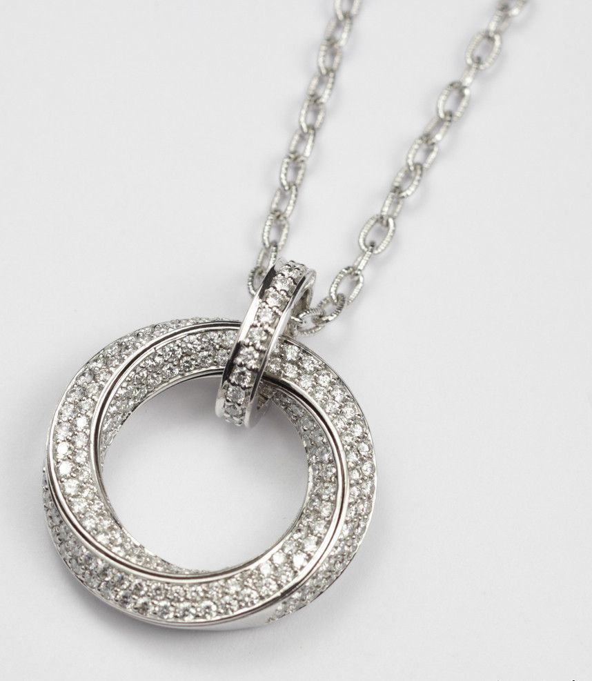 Diamond circle pendant sold mozeypictures Image collections