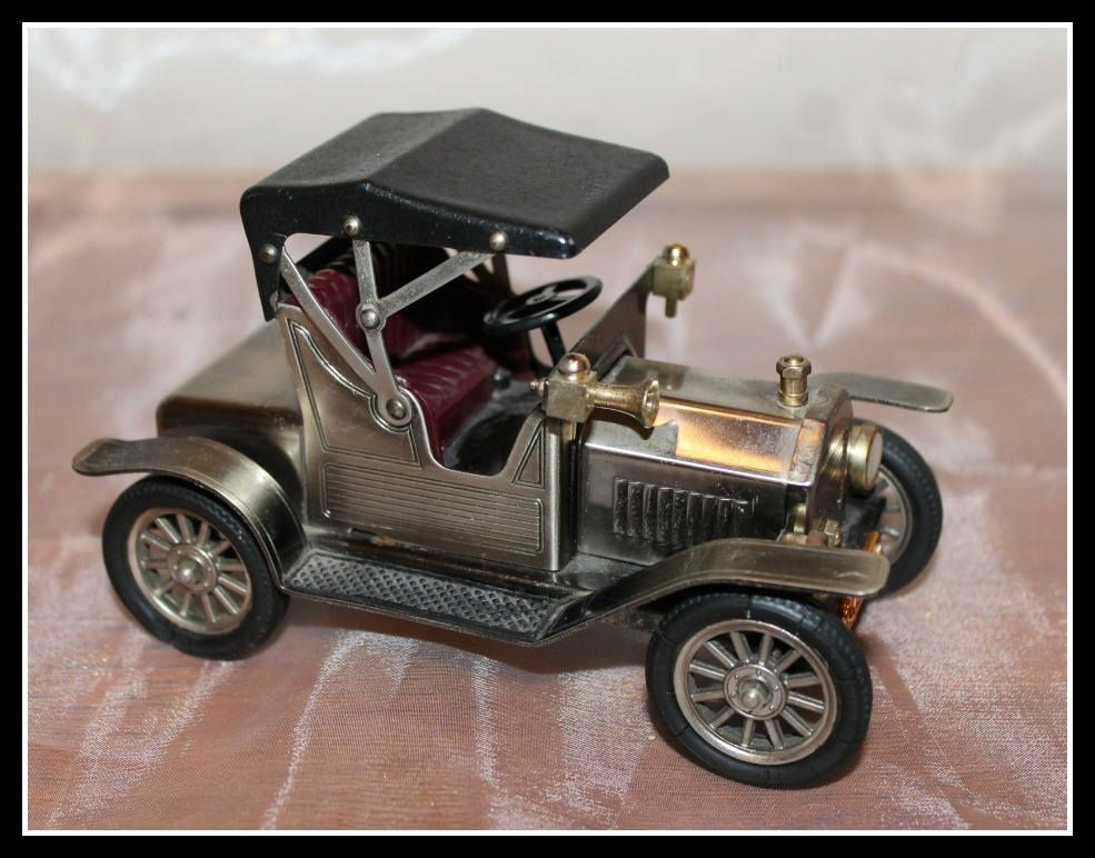 Vintage 1908 Model T Ford Metal Replica Model Antique Car Model Car Of Yesteryear Tin Lizzie Ford Motor Company Ca Antique Cars Model T Ford Motor Company
