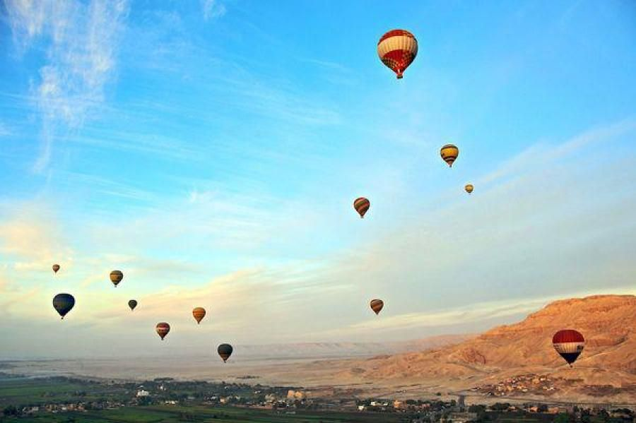 Hot Air Balloon Ride Over Luxor - Largest Open-Air Museum | Traveldudes.org
