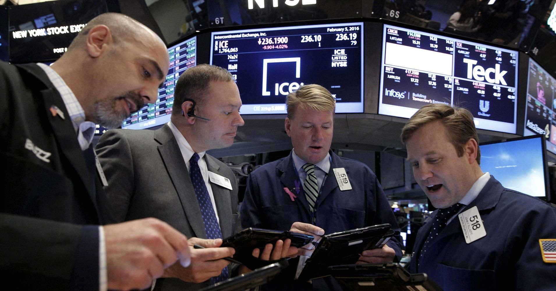 Shares making the largest moves premarket GPS, BBY, TGT