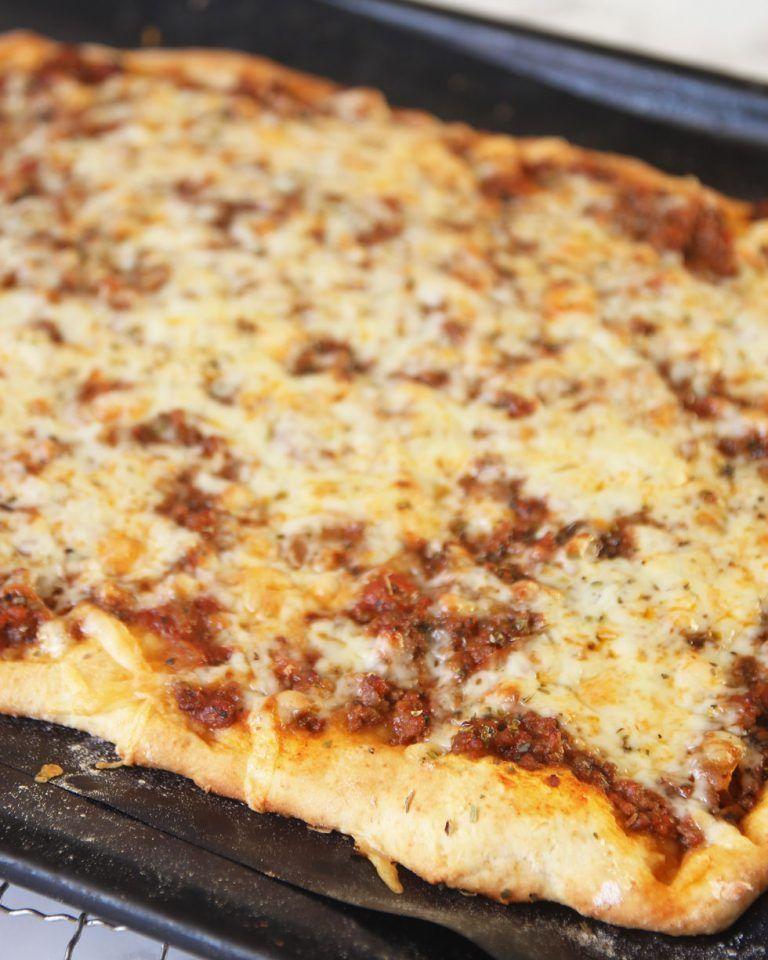 köttfärspizza i långpanna