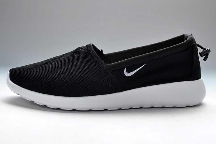 ensoleillement images bon marché Nike Roshe Courir Slip Sur Les Hommes Marchant 2014 rabais réductions OdIUnoPDYi
