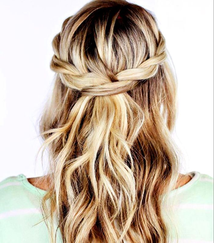 """These ridiculously simple braided hairstyles redefine """"easy braids."""""""