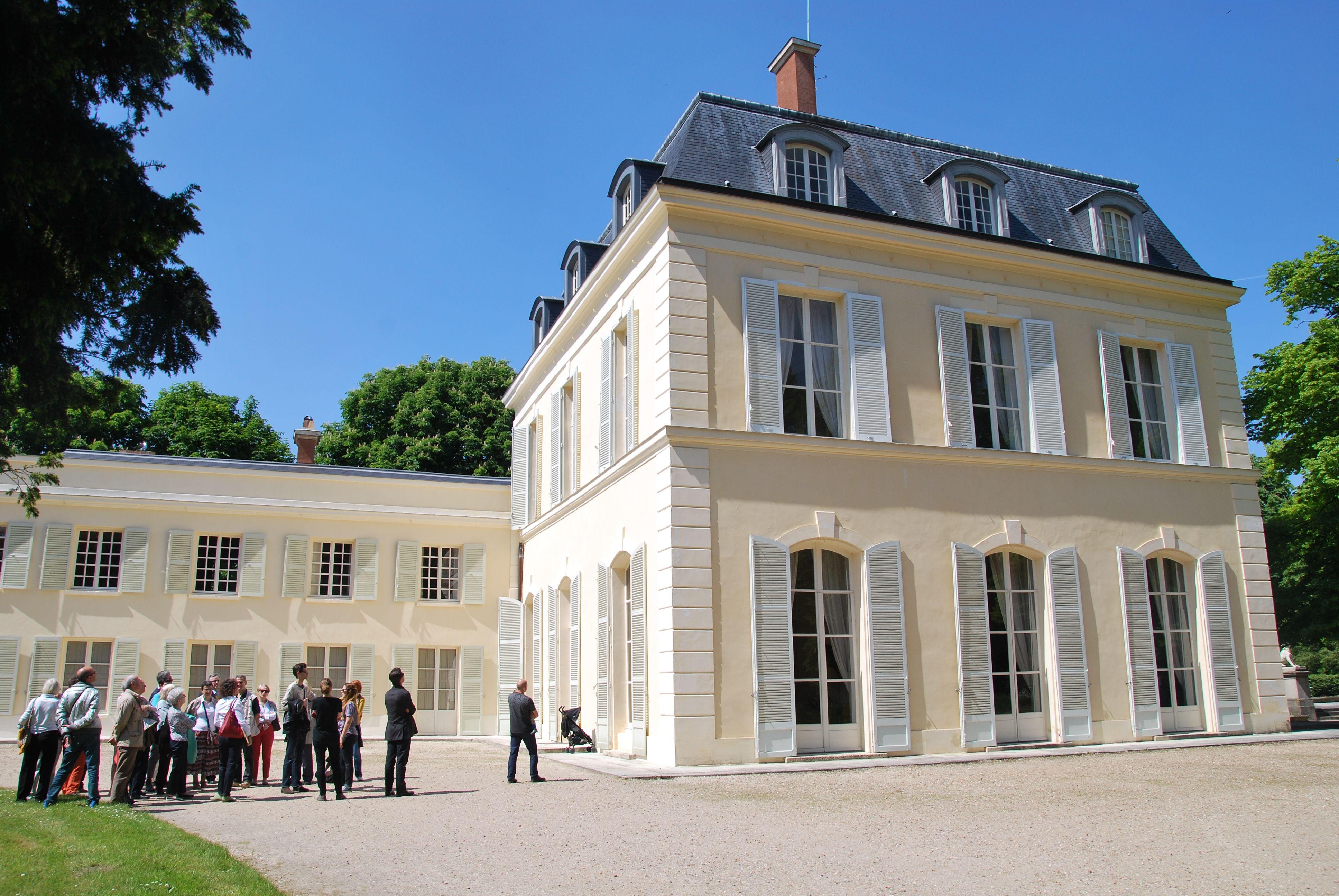 Ch¢teau de Madame du Barry Louveciennes Propriété privée visites