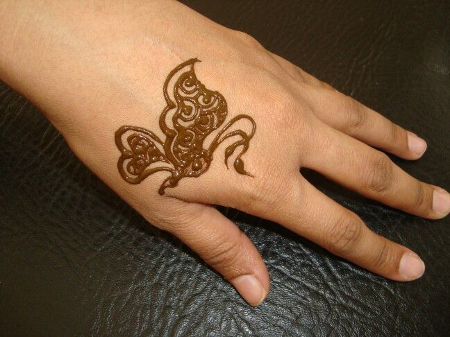 Mehndi Henna Butterfly : Henna butterfly inspired by kiran sahib my
