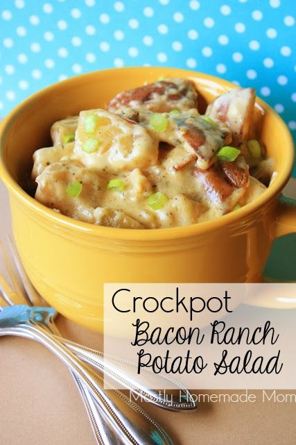 Crockpot Bacon Ranch Potato Salad - creamy ranch sauce with bacon and chives, yes please!!