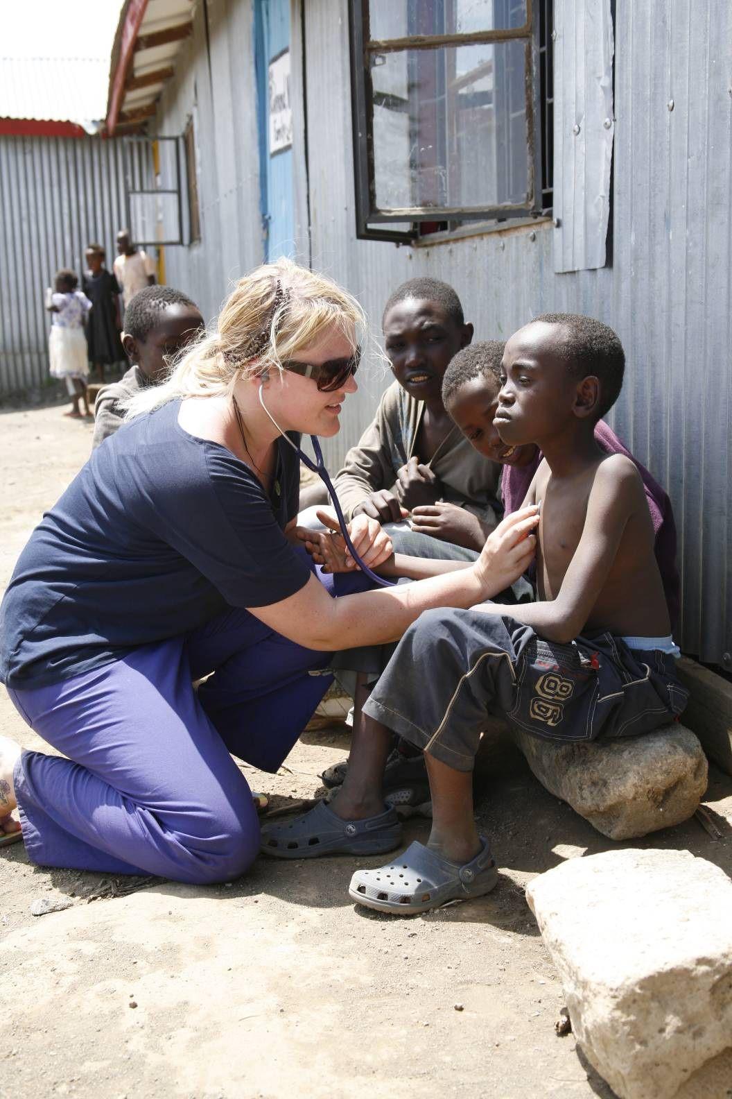 Medical Volunteer Abroad Programs For Doctors Nurses Pre Med
