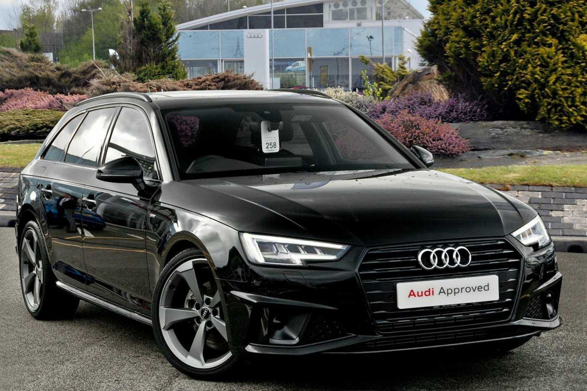 Audi A4 35 Tfsi Black Edition 5Dr in 2020 Audi, Audi a3
