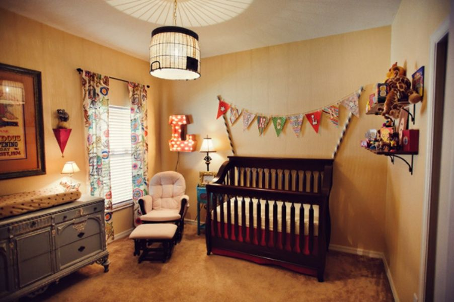 Vintage Circus Themed Nursery | The Little Umbrella | Baby ...