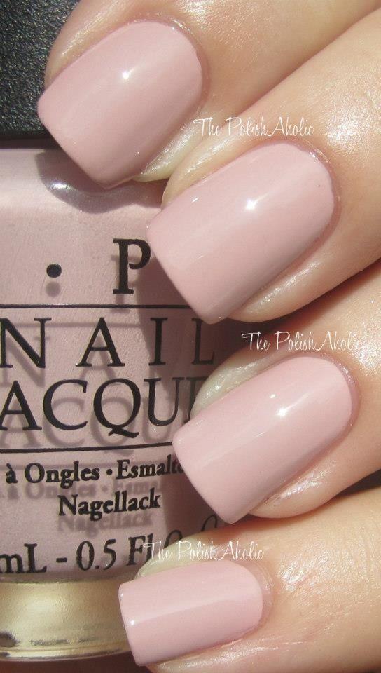 Rosa y sencilla, con laca de uñas de OPI | Manicuras para novias ...