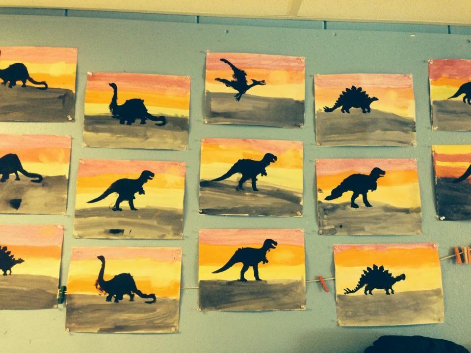 Fond avec gouache en pain, pochoir de dinosaures, peindre les dinos avec un rouleau #dinosaurart