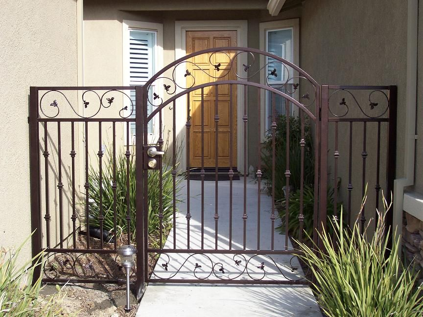 Pin By Vero Gonzalez On Garden Gates Porch Gate House Main