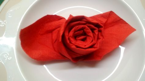 Rose - Deko falten ( photographed napkin folding instructions for the beautiful rose fold ) — Steemit