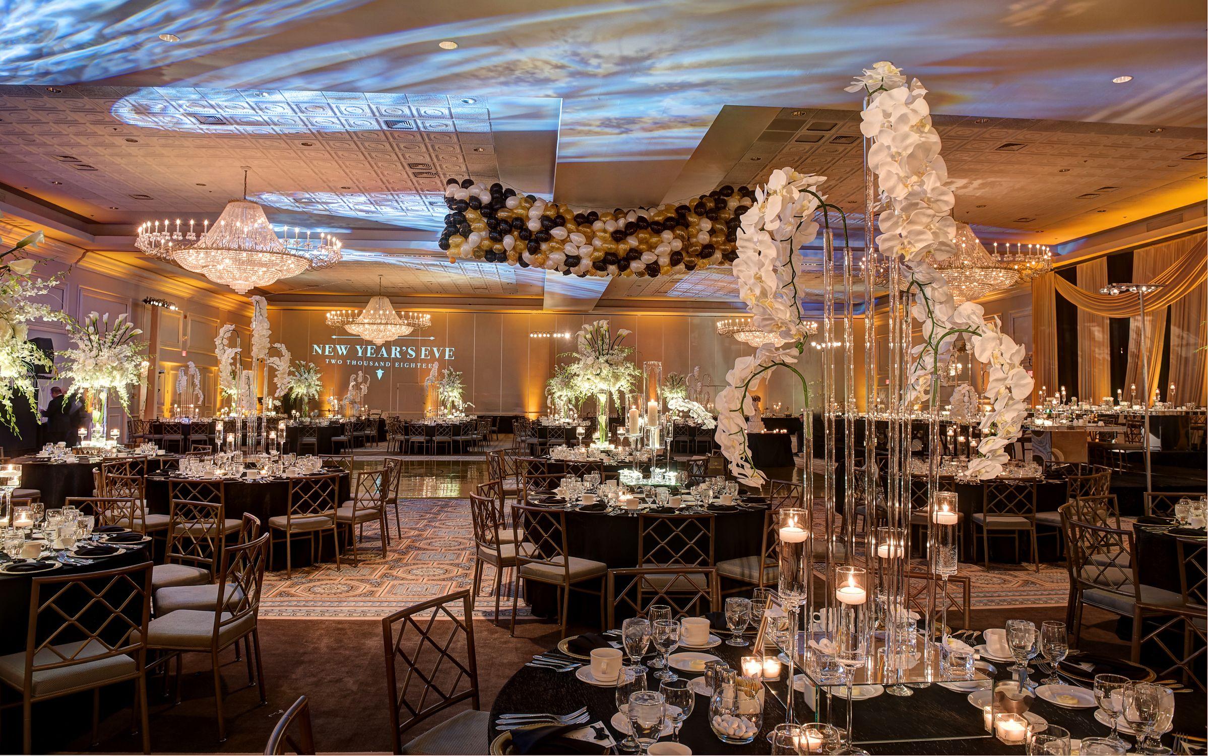 Pin By Yanni Design Studio On Drury Lane Theatre Oakbrook Terrace Reception Decorations Event Lighting Luxury Wedding
