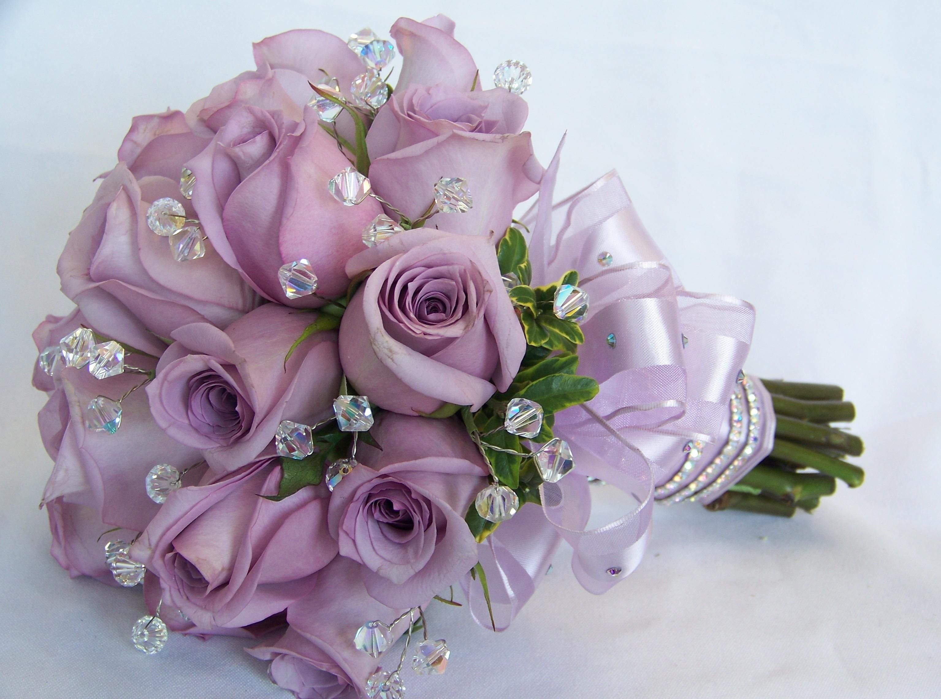 Violet wedding bouquet light purple rose flowers wedding bouquet violet wedding bouquet light purple rose flowers wedding bouquet hd wallpaper hd background dhlflorist Image collections